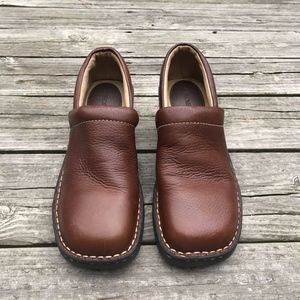 CHEROKEE Brown Leather Clogs Size 9.5
